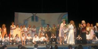 I ragazzi delle medie di Padenghe recitano al Teatro Sociale il RE MIDA
