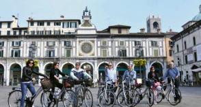 Provincia di Brescia ON LINE I PERCORSI CICLABILI REALIZZATI DALL'ASSESSORATO AI LAVORI PUBBLICI DELLA PROVINCIA DI BRESCIA 2005