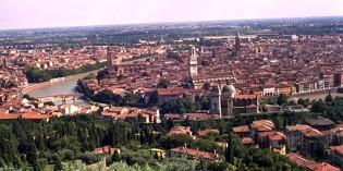Verona: TEATRO NEI CORTILI 2013