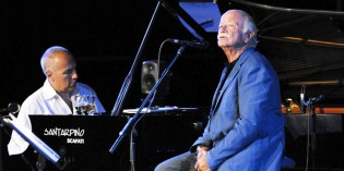 Gardone Riviera (Bs): GINO PAOLI e DANILO REA, DUE COME…LORO AL VITTORIALE 2013