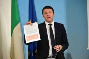 img1024-700_dettaglio2_Renzi-dopo-consiglio-ministri-Imagoeconomica-638x425