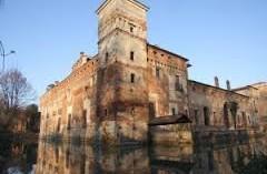 castello di Padernello (BS): ARCHITETTONICAMENTE
