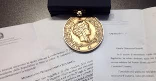 medaglia donne
