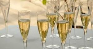 vino prosecco bicchieri