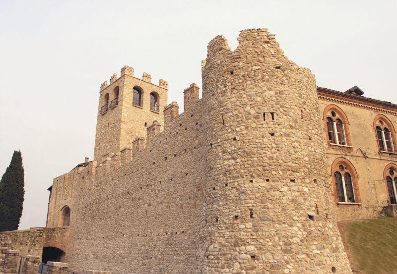 monumenti-cosa-visitare-desenzano-del-garda-castello