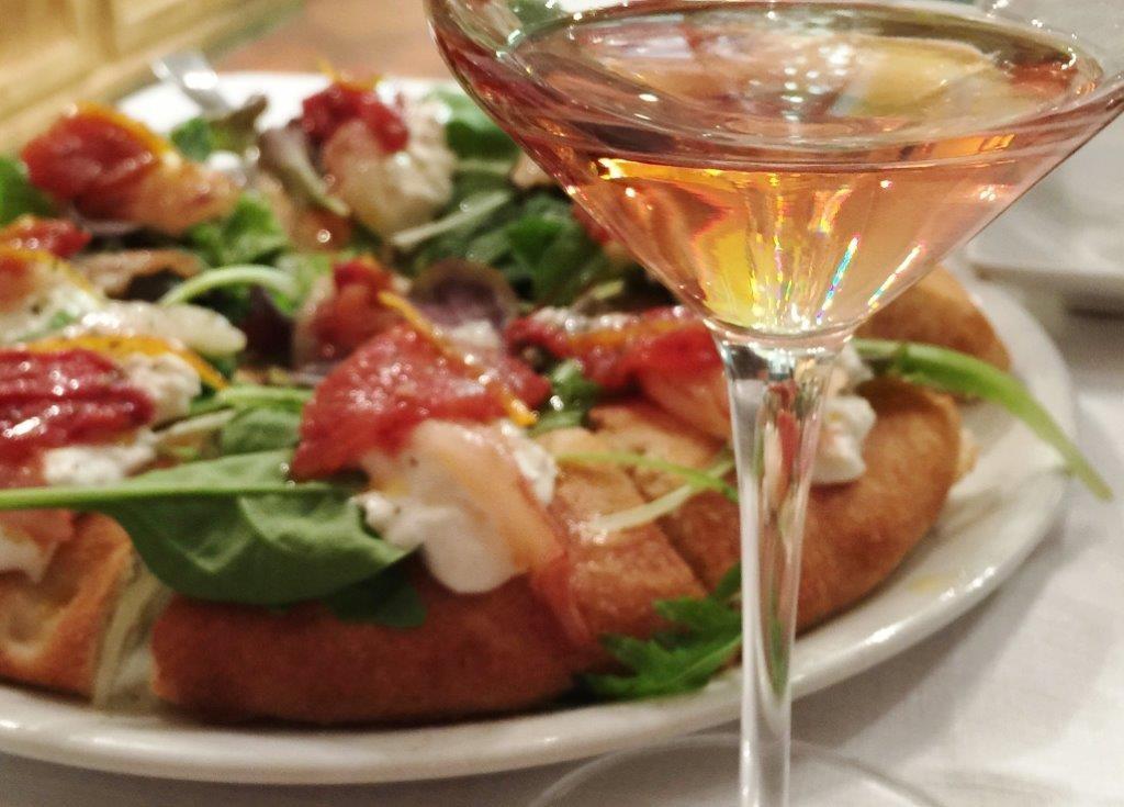 FOTO pizza e chiaretto
