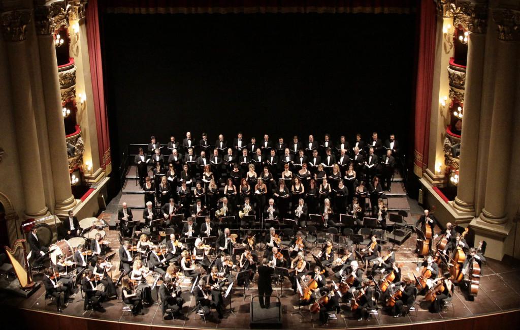 Orchestra e Coro dell'Arena di Verona_foto Ennevi