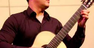 """Musica: è bresciano il """"Julian Bream italiano"""" Giulio Tampali"""