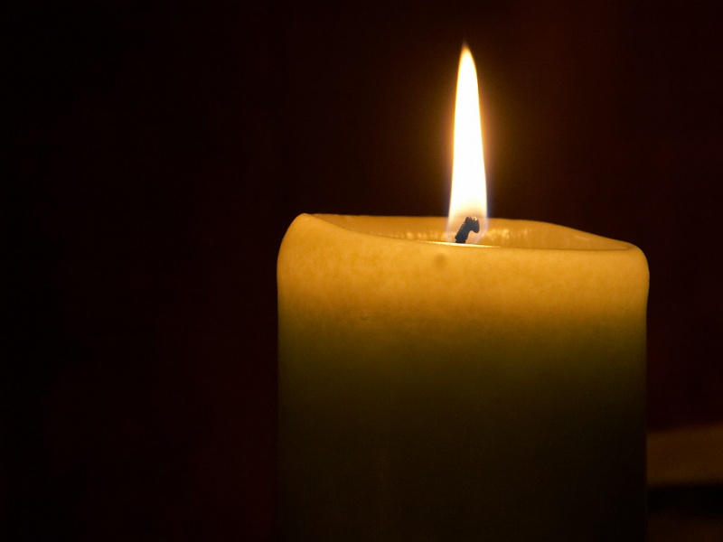 light_candle_flame-800x600