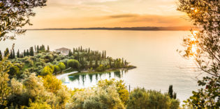 Happy.services e Happy Holiday Homes aprono un nuovo ufficio sul Lago di Garda