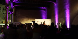"Verona, ACCADEMIA MONDIALE DELLA POESIA: grande successo a Vinitaly and the City per il reading di Daniel Cundari ""Nell'incendio e oltre"""