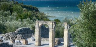 Lago di Garda, SIRMIONE: NUOVE APERTURE ESTIVE DELLE GROTTE DI CATULLO, E ROCCA SCALIGERA