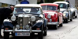 Boom di auto storiche: consigli per assicurarle risparmiando