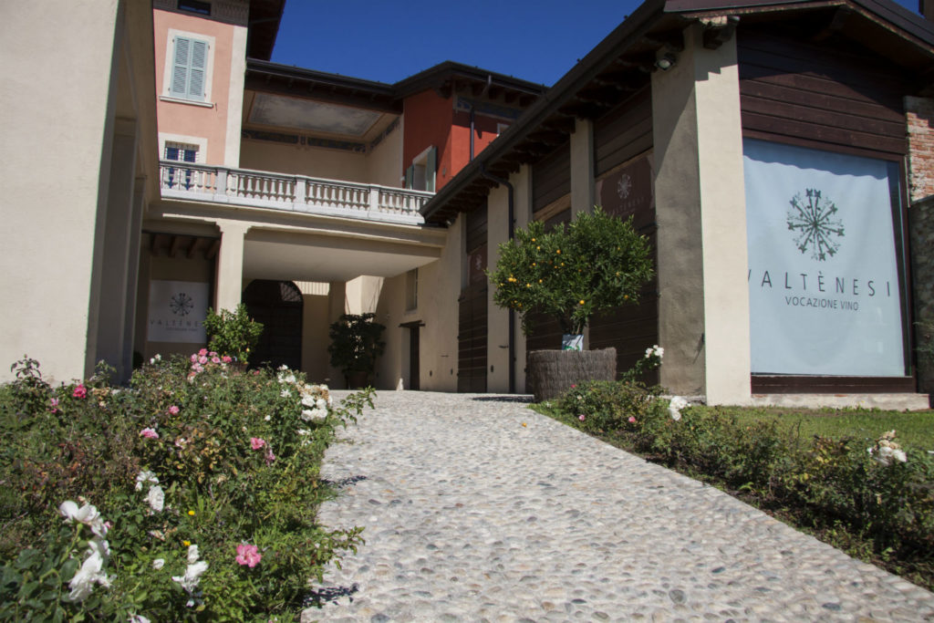 Villa Galnica low