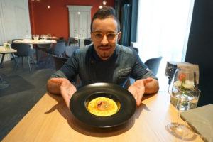 chef augusto valzelli e risotto allo zafferano di Desenzano